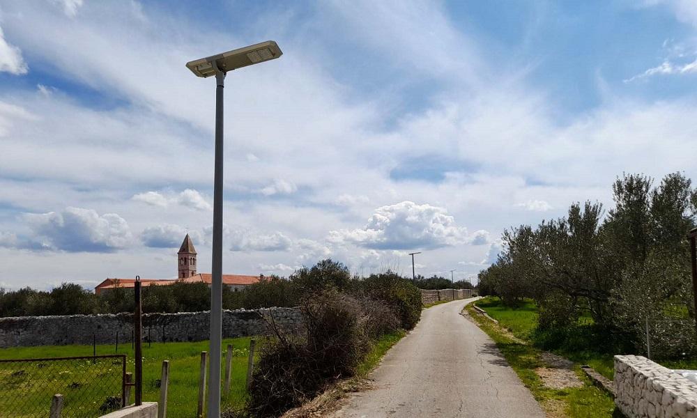 Solarna LED rasvjeta Kraj