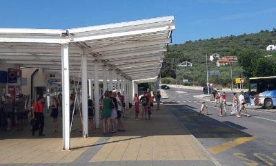 Autobusna stanica Preko